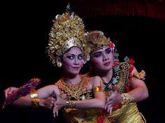 PENTAX Photo Gallery : Bali Traditional Dance - by Gerry Van de Moortel