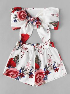 To find out about the Floral Print Knot Front Top With Shorts at SHEIN, part of our latest Two-piece Outfits ready to shop online today! Trendy Summer Outfits, Summer Fashion Outfits, Cute Fashion, Stylish Outfits, Girl Fashion, Dress Fashion, Preteen Fashion, Gothic Fashion, Fashion Styles