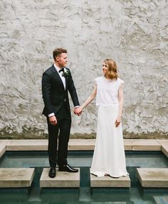 Lyndon + Austin's Florence, Alabama wedding was a magical blend of old southern charm +modern style.The entire day was a labor of love+ these two creatives had a hand in just about every aspect of the design.Austin is a modern day barber, owner of Greasy Handsin Florence, with a penchant for old school techniques + […]