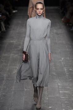 40 besten Kleider Bilder auf Pinterest   Womens fashion, Couture ... 0c7edc451e