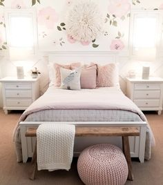 Teen Girl Bedrooms, 1 lovely yet dreamy bedroom design, reference 1883549008 Cute Bedroom Ideas, Cute Room Decor, Girl Bedroom Designs, Room Ideas Bedroom, Home Decor Bedroom, Teen Bedroom, Girls Bedroom Light, Light Pink Bedrooms, Girls Bedroom Wallpaper