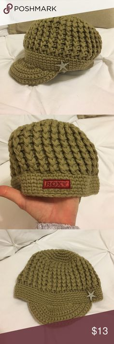 Roxy Beanie Perfect condition! Bundle only please ) Roxy Accessories Hats  Bordado 0811cdc39a8