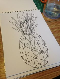▷ 1001 + beautiful geometric design images to inspire you Geometric Drawing, Geometric Art, Pinapple Tattoos, Pineapple Drawing, Tattoed Girls, Easy Drawings, Art Projects, Mandala, Doodles