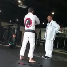 Fake BJJ Black Belt Is Called Out! #BJJ #JiuJitsu http://wbbjj.com/fake-bjj-black-belt-is-called-out-and-faces-the-consequences/