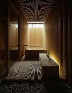 To add to the charm of the washroom, you can make use of Japanese bathroom layouts. The individuality of the Japanese bathroom is a minimalist as well as traditional style. Japanese Bath House, Japanese Bathroom, Spa Inspired Bathroom, Japanese Interior Design, Interior Simple, Japanese Design, Wood Architecture, Classical Architecture, Ancient Architecture