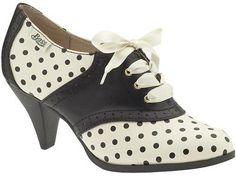 Bass lady oxford heel