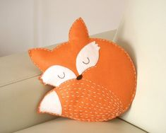 fox pillow felt/ decoration / ornament / stuffed animal/ woodland nursery/ baby room decor/ woodland nursery/ animal pillow felt fox pillow - hand made/ hand sewn/ fox cushion/ baby room decor/ woodland nursery/ home decor/ animal pillow/ kids . Kids Pillows, Animal Pillows, Owl Pillows, Burlap Pillows, Decorative Pillows, Baby Girl Nursery Bedding, Fox Nursery, Animal Nursery, Crib Bedding