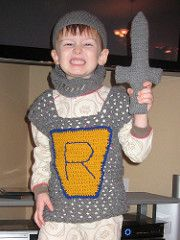 My son had been asking for a knight costume for some time, so I decided to make him one for Christmas to add to his ever growing dress up bin. The costume was a big hit.
