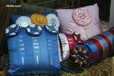 Use those horse show ribbons Horse Ribbon Display, Show Ribbon Display, Horse Show Ribbons, Show Cattle, Country Crafts, Dog Show, Show Horses, Needle And Thread, 4th Of July Wreath