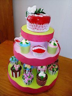 Tartas Personalizadas de Camelia                 : Tarta y Surtido de Cupcake