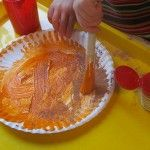 paper plate pumpkin pies for preschool...add cotton balls as whipped topping! Preschool Arts And Crafts, Fall Preschool, Preschool Themes, Preschool Classroom, Kids Crafts, Thanksgiving Crafts For Kids, Autumn Crafts, Pie Craft, Paper Plate Crafts