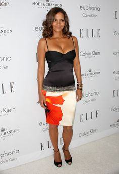 Actress Halle Berry arrives at the 15th annual Women In Hollywood Tribute hosted by ELLE Magazine at the Four Seasons Hotel on October 6, 2008 in Beverly Hills, California.
