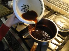 Port Wine Reduction (Awesome) Sauce – The adventure is afoot… Red Wine Cocktails, Red Wine Sangria, Drinks, Sauce Recipes, Wine Recipes, Cooking Recipes, Port Wine Reduction Sauce Recipe, Red Wine Vinaigrette, College Cooking
