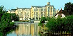 Charles Moore [Moore, Ruble & Yudell] | Urbanización del Puerto de Tegel | Berlín, Alemania | 1984-1987 |
