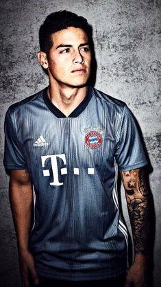 """Bayern Munich are the latest club to be pedalling the Parley push for the season as adidas reveal the new third shirt for the Bundesliga champions. Made from recycled Parley Ocean Plastic and styled in """"Steel Grey"""" for a strong look. Football Outfits, Football Boys, Adidas Football, James Rodriguez Colombia, James Rodrigues, Thomas Muller, Isco Alarcon, Soccer Players, Munich"""