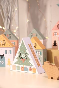 DIY Adventskalender 2015 zü: Calendrier de l& DIY Petites boîtes très jolies, Gingerbread Christmas Decor, Diy Christmas Garland, Christmas Paper Crafts, Diy Garland, Noel Christmas, Winter Christmas, All Things Christmas, Christmas Decorations, Christmas Houses