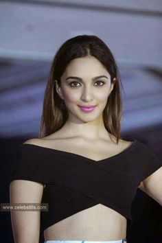High Quality Bollywood Celebrity Pictures: Kiara Advani Looks Super Sexy OnThe Ramp At 'Bellafonte' Brand Launch Event At Leela Hotel, Mumbai. Indian Bollywood Actress, Indian Actresses, Beautiful Gorgeous, Beautiful Models, Beautiful Ladies, Kaira Advani, Kiara Advani Hot, Cute Girl Photo, Indian Models