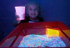 Glowing Rice Sensory Play ~ Growing A Jeweled Rose Diy Projects For Kids, Fun Crafts For Kids, Art For Kids, Children Crafts, Kid Crafts, Science Experiments For Preschoolers, Preschool Activities, Kid Science, Children Activities