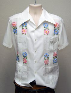 Vintage Guayabera  White Mens Medium by OfFourOuts on Etsy, $36.00