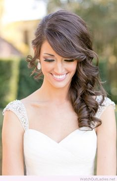 Amazing side curls for wedding day