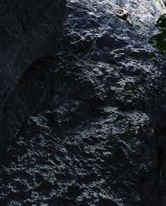 Скалаласковая •. Climbing man    #climbing #climb #extreme #sport #life #risk #adrenalin #mountains #mountain #rock #скалы #скалолаз #экстрим #экстримал #nature #skaly #sulovskeskaly #iphone5s #iphonography #iphoneonly #likeforlike #like4like #follow4foll
