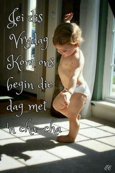 Dance to your shadow. it's good to be living life. Dance to your shadow. Cool Baby, Baby Kind, Baby Love, Baby Baby, Baby Gym, Precious Children, Beautiful Children, Beautiful Babies, Beautiful Flowers