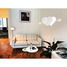 Jetzt ist es noch gemütlicher bei uns geworden :-) #officestyle #vienna #tirza #schaltzentrale Concept, Instagram Posts, Photography, Home Decor, Photograph, Photography Business, Photoshoot, Fotografie, Interior Design
