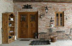 Haustüren aus Massivholz in Österreich   Rusticatio Türen und Fenster Tall Cabinet Storage, Shabby, Furniture, Home Decor, Window Grill, Wood Windows, Castle Doors, Traditional Front Doors, Antique Doors