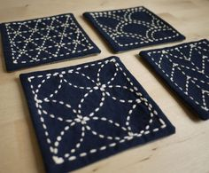Japanese Embroidery Designs Sashiko Coasters - Find free sashiko patterns, projects, and resources as you learn more about this elegant form of Japanese folk embroidery. Shashiko Embroidery, Folk Embroidery, Learn Embroidery, Japanese Embroidery, Hand Embroidery Patterns, Embroidery Stitches, Embroidery Designs, Embroidery Supplies, Art Patterns