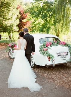 Auto clasico como coche de bodas