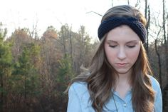 This headband is perfect! Only $20!! Chunky knotted headband. Hand-knit. Made to fit by NorthSouthKnits