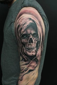 37 Grim Reaper Tattoos With Dark and Mysterious Meanings Skull Hand Tattoo, Skull Sleeve Tattoos, Skull Tattoo Design, Tattoo Designs, Irish Tattoos, Dad Tattoos, Badass Tattoos, Body Art Tattoos, Tatoo