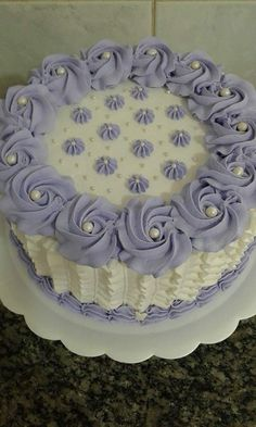 new Ideas cupcakes recipes white buttercream frosting Cake Frosting Designs, Cake Icing, Cake Designs, Fondant Cupcakes, Cupcake Cakes, Food Cakes, Cake Cookies, White Frosting Recipes, White Buttercream Frosting