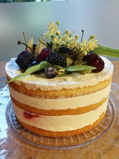 #miniweddingcake #cake #cheese #love #fruits #cheesecake #wedding