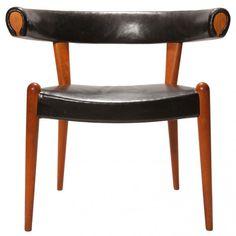 Hans Wegner, Upholstered Oak Bullhorn Chair for  Johannes Hansen, 1951.