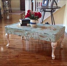 Coffee table from old trunk lid painted in a shabby chic teal and white HGTV Decor! You can do the same thing with a suitcase! Refurbished Furniture, Repurposed Furniture, Shabby Chic Furniture, Shabby Chic Decor, Rustic Furniture, Furniture Makeover, Vintage Furniture, Painted Furniture, Diy Furniture