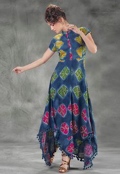 Tunic Designs, Sari Blouse Designs, Kurti Neck Designs, Dress Designs, Modest Fashion Hijab, Frock Fashion, Pakistani Dresses, Indian Dresses, Patiala
