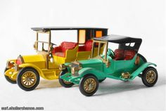 1907 Peugeot & 1911 Maxwell Roadster matchbox cars