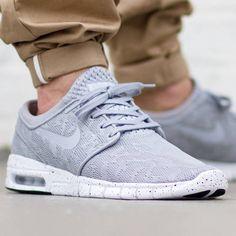R$ 269,91 Nike SB Stefan Janoski Max (Wolf Grey / Wolf Grey - White)