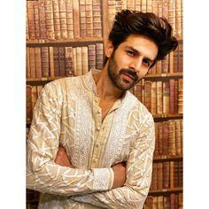 Indian Celebrities, Bollywood Celebrities, Reality Tv Stars, King Of Hearts, Boys Over Flowers, Royal Weddings, Princess Kate, Bollywood Stars, Fashion Sale