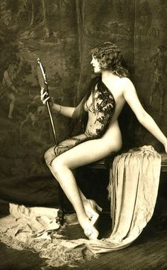 1920's flapper pinup girl.