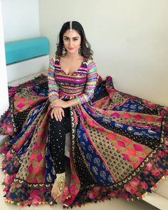Multi colored cotton dupattas for anarkali kurti Indian Gowns Dresses, Indian Fashion Dresses, Dress Indian Style, Indian Designer Outfits, Pakistani Dresses, Indian Outfits, India Fashion, Choli Designs, Lehenga Designs