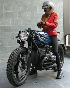 Vintage Motorcycles Likes, 56 Comments - Cafe Racers Cafe Racer Style, Cafe Racer Girl, Bmw Cafe Racer, Moto Cafe, Cafe Bike, Street Motorcycles, Vintage Motorcycles, Custom Bmw, Custom Bikes