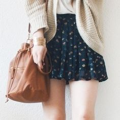 Cute outfit, flower skirt with wooly cardigan + brown strap bag ~ #fashion #summer
