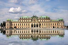Du  grandiose château de Versailles, en France, à celui, fascinant, de Bran, en  Roumanie, découvrez les palais les plus remarquables.