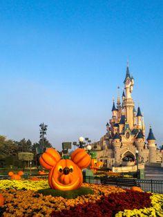 Halloween in front of Sleeping Beauty's Castle, Disneyland Paris