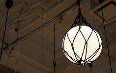 灯かりの浮き玉。Floyd APROZ Floating Light