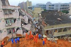 Hundreds of rescue workers are looking for survivors after a landslide hit 33 buildings in the southern Chinese city of Shenzhen. Industrial Park, Shenzhen, Natural Disasters, Vows, Street View, China, World, Safety
