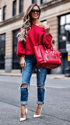 The Unexpected Color Popping Up Everywhere - Free People Red Sweatshirt // GRLFRND Jeans // Celine Bag // Celine Sunglasses // Christian Louboutin So Kate Heels April 2017 by maria Fashion Blogger Style, Love Fashion, Womens Fashion, Fashion Beauty, Cozy Winter Outfits, Spring Outfits, Looks Party, Casual Chique, Casual Outfits