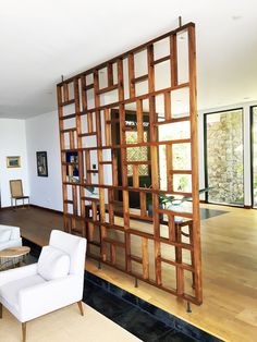 38 Ideas wooden screen design headboards for 2019 Fabric Room Dividers, Room Divider Walls, Diy Room Divider, Room Divider Screen, Room Screen, Decorative Room Dividers, Living Room Divider, Hanging Room Dividers, Living Room Partition Design